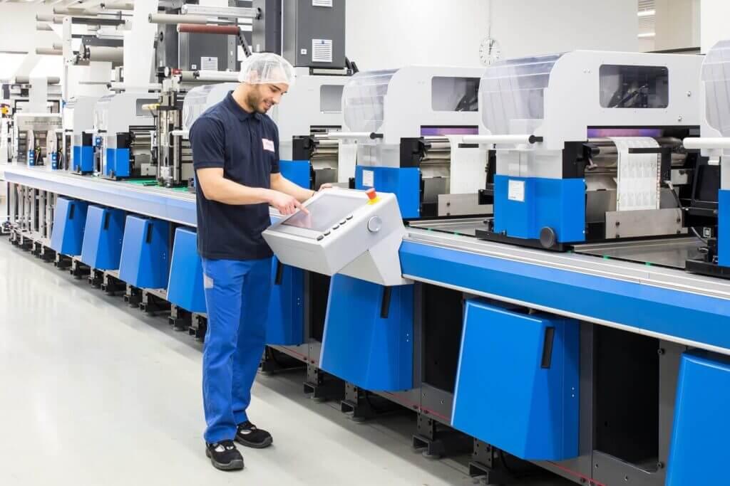 Ausreichende Produktionskapazitäten und effiziente Abläufe ermöglichen flexible Bedarfsanpassungen