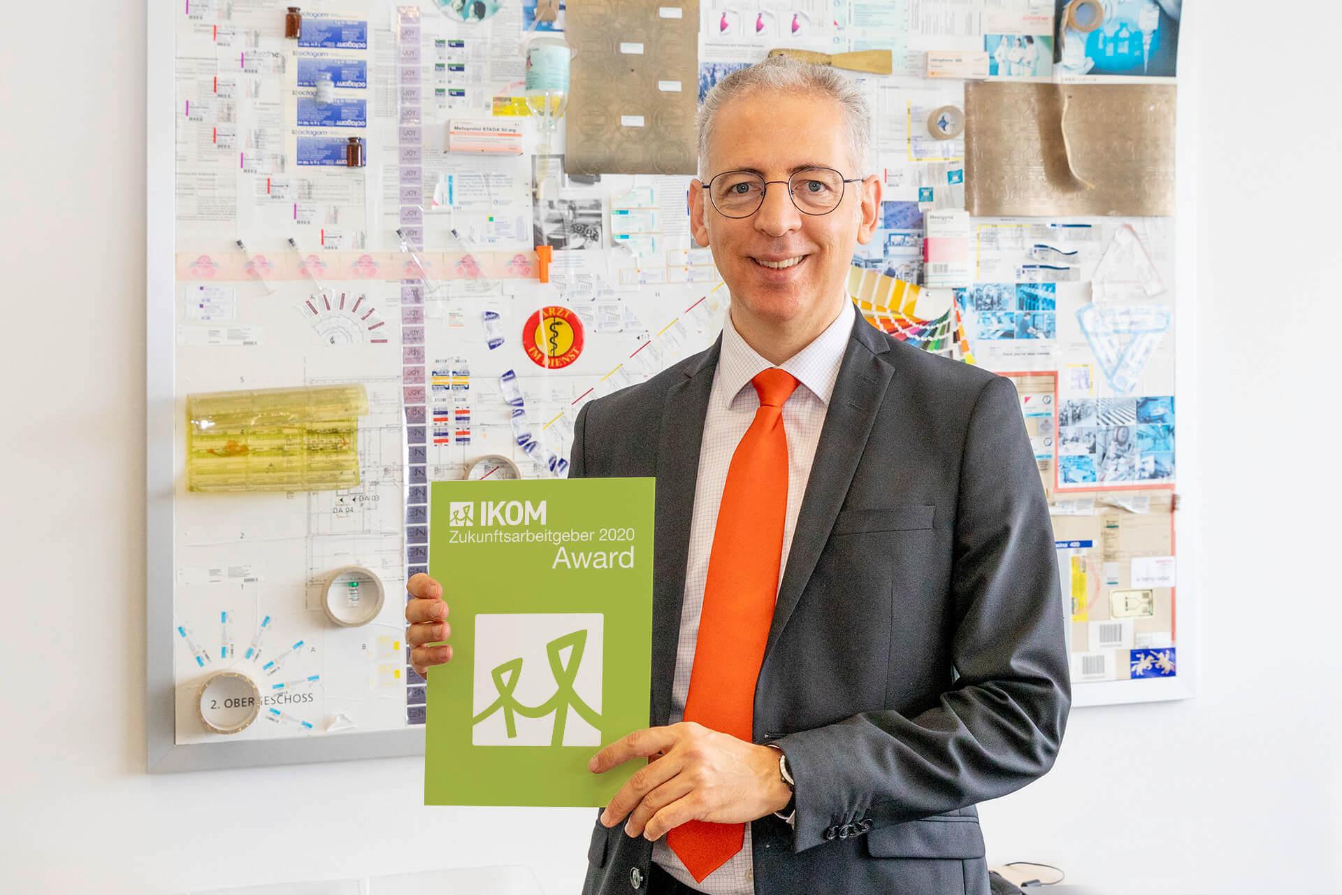 Geschäftsführer Roland Schreiner freut sich über die Auszeichnung als Zukunftsarbeitgeber 2020, die das langjährige Engagement für Mensch, Umwelt und Gesellschaft würdigt.